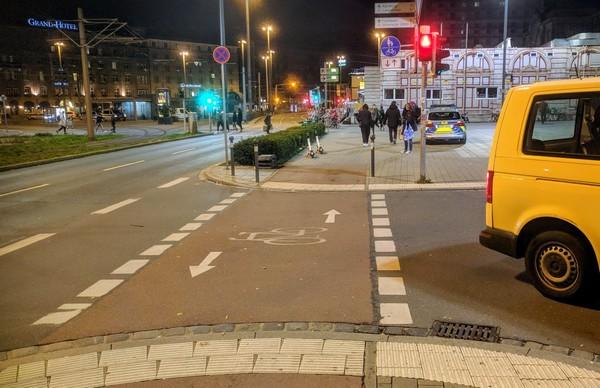 Fahrradstreifen Nürnberg Hauptbahnhof