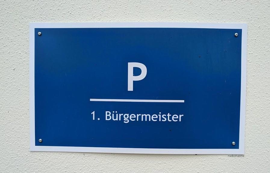 Parkplatzschild für Bürgermeister